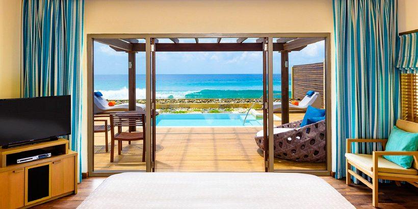 sheraton-Ocean-Pool-Villa—Bedroom